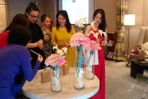 presentation-perfumes-cristina-2